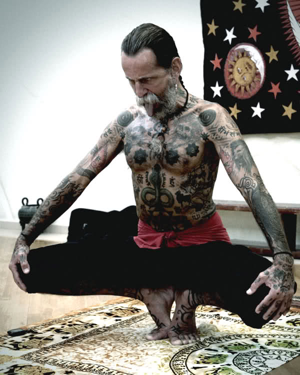 tattoo man yoga joe rogan